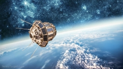 Boeing working on orbital moon base... vying for the prestigious title of the first commercial spacecraft in history